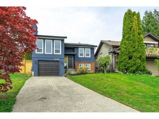 "Photo 1: 2734 WARREN Place in Langley: Willoughby Heights House for sale in ""Langley Meadows"" : MLS®# R2573755"