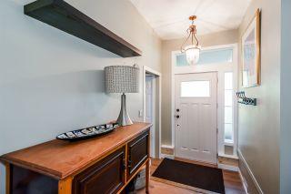 Photo 2: 11732 FRASERVIEW Street in Maple Ridge: Southwest Maple Ridge House for sale : MLS®# R2113263