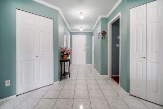 """Photo 5: 111 33731 MARSHALL Road in Abbotsford: Central Abbotsford Condo for sale in """"Stephanie Place"""" : MLS®# R2617316"""