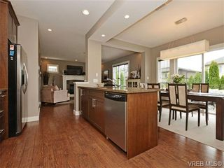 Photo 8: 4050 Copperfield Lane in VICTORIA: SW Glanford House for sale (Saanich West)  : MLS®# 704184