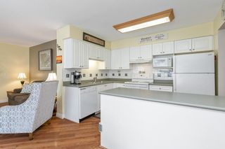 """Photo 11: 45 6885 184 Street in Surrey: Cloverdale BC Townhouse for sale in """"CREEKSIDE AT CLAYTON HILL"""" (Cloverdale)  : MLS®# R2572095"""