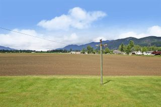 Photo 24: 10745 MCDONALD Road in Chilliwack: Fairfield Island House for sale : MLS®# R2586877