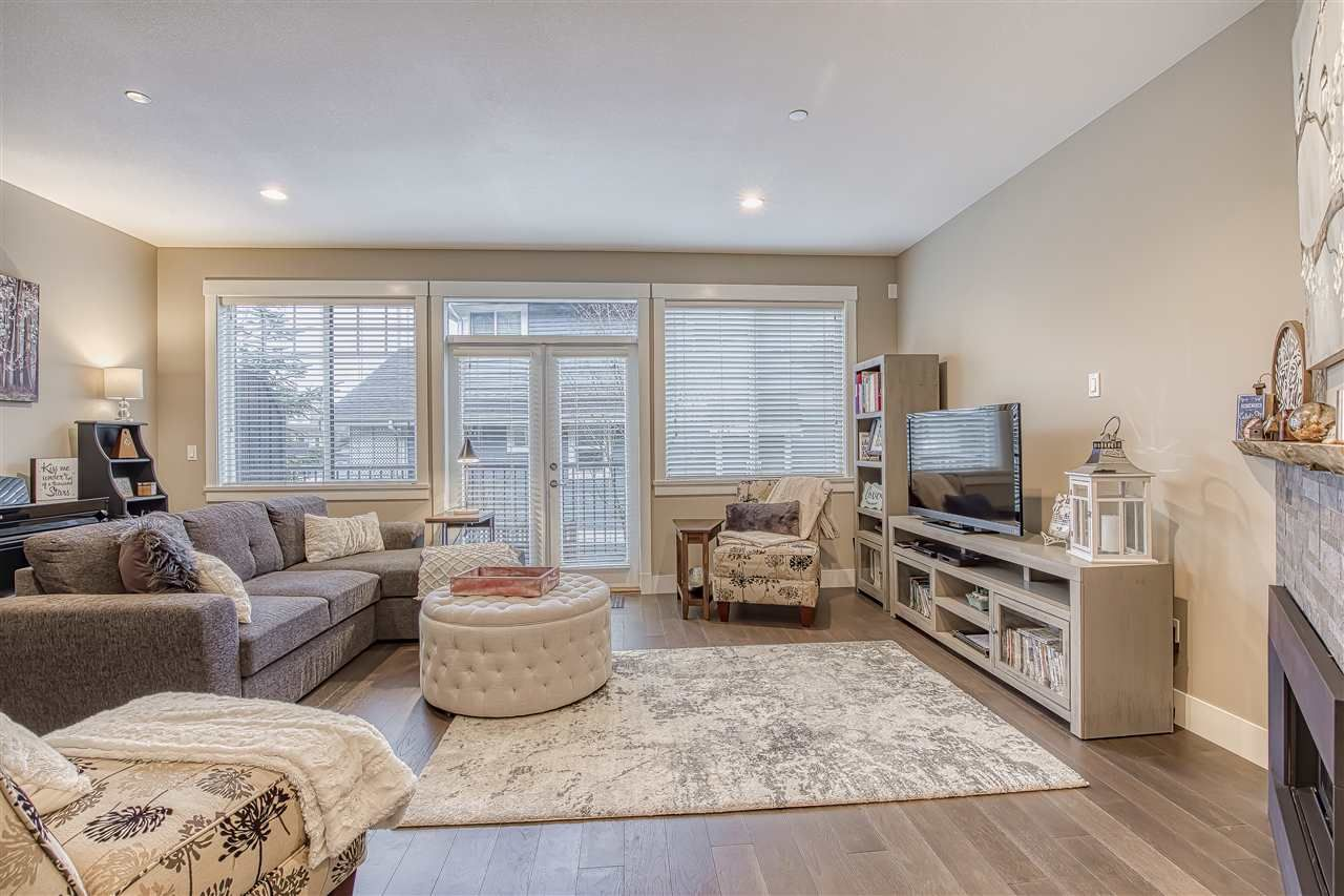 """Photo 9: Photos: 10 23709 111A Avenue in Maple Ridge: Cottonwood MR Townhouse for sale in """"Falcon Hills"""" : MLS®# R2431365"""