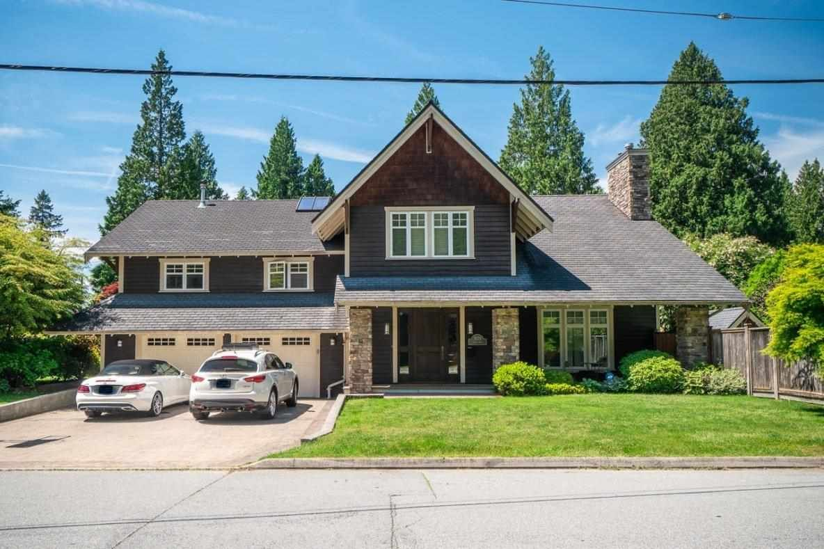 Main Photo: 1079 LODGE Road in North Vancouver: Canyon Heights NV House for sale : MLS®# R2592498