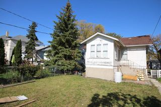 Photo 2: 500 Cathedral Avenue in Winnipeg: North End Residential for sale (4C)  : MLS®# 202124225