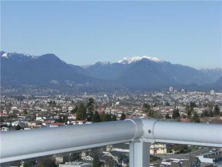 """Photo 8: 2005 5189 GASTON Street in Vancouver: Collingwood VE Condo for sale in """"The MacGregor"""" (Vancouver East)  : MLS®# V835468"""