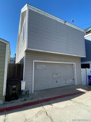 Photo 25: MISSION BEACH House for sale : 3 bedrooms : 719 Seagirt Ct in San Diego