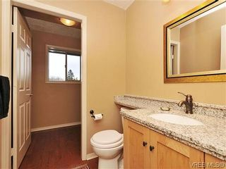 Photo 12: 1911 Quixote Lane in VICTORIA: Vi Fairfield East Residential for sale (Victoria)  : MLS®# 318957