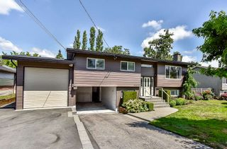 Photo 1: 26679 30A Avenue in Langley: Aldergrove Langley House for sale : MLS®# R2186545