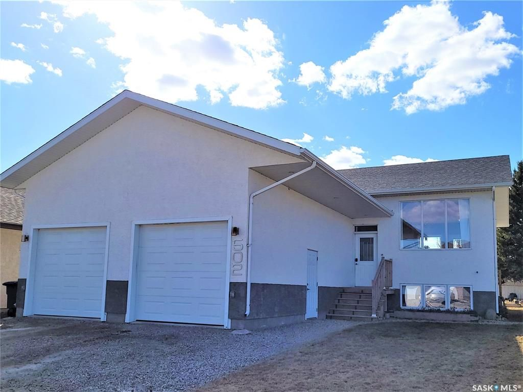 Main Photo: 502 Antler Crescent in Warman: Residential for sale : MLS®# SK849012