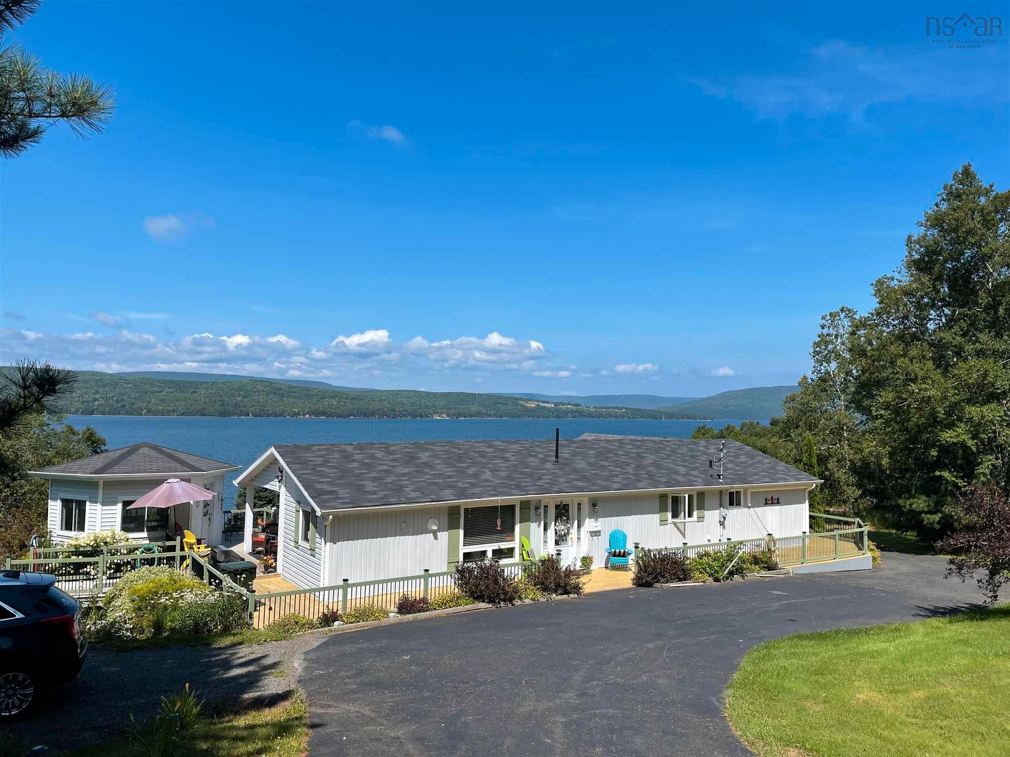 Photo 1: Photos: 3836 Highway 105 in South Haven: 209-Victoria County / Baddeck Residential for sale (Cape Breton)  : MLS®# 202120821