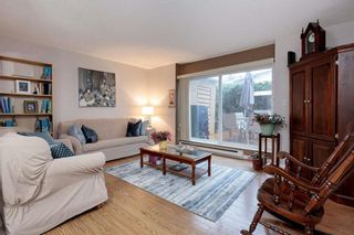 Photo 2: 976 Howie Ave in Coquitlam: Central Coquitlam Townhouse for sale : MLS®# R2517951