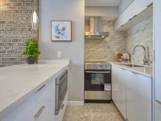"""Photo 4: 905 1250 BURNABY Street in Vancouver: West End VW Condo for sale in """"The Horizon"""" (Vancouver West)  : MLS®# R2559858"""
