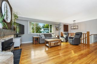 Photo 3: 2430 Meadowland Dr in : CS Tanner House for sale (Central Saanich)  : MLS®# 857478