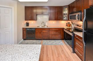 Photo 16: 101 119 Ladysmith St in : Vi James Bay Row/Townhouse for sale (Victoria)  : MLS®# 866911