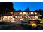 Property Photo: 915 GROVELAND RD in West Vancouver