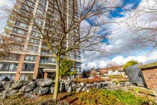 "Photo 1: 708 7325 ARCOLA Street in Burnaby: Highgate Condo for sale in ""ESPRIT 2"" (Burnaby South)  : MLS®# R2244554"