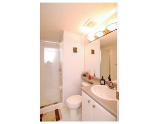 Photo 7: 6781 VILLAGE GR in Burnaby: Condo for sale : MLS®# V825832