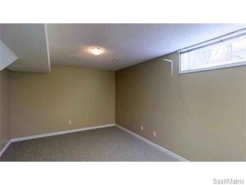 Photo 28: Photos: 606 Forsyth Crescent in Saskatoon: Erindale Single Family Dwelling for sale (Saskatoon Area 01)  : MLS®# 568828