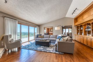 Photo 9: 72 Edelweiss Drive NW in Calgary: Edgemont Detached for sale : MLS®# A1125940