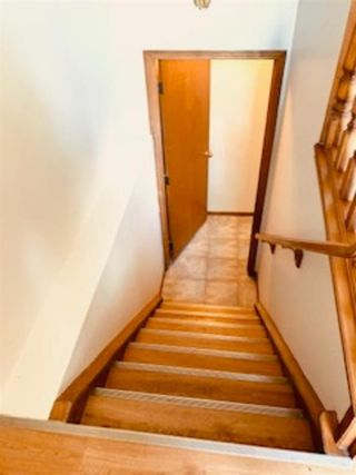 Photo 3: 44 HAWKCLIFF Way NW in Calgary: Hawkwood Detached for sale : MLS®# C4288577