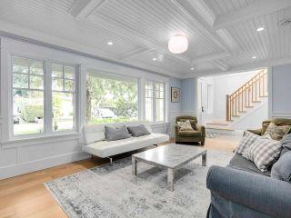Photo 4: 1519 FARRELL Crescent in Delta: Beach Grove House for sale (Tsawwassen)  : MLS®# R2578933