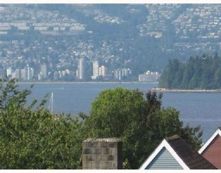 "Photo 7: 209-2125 W 2nd Ave in Vancouver: Kitsilano Condo for sale in ""Sunny Lodge"" (Vancouver West)"