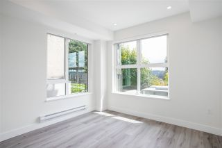 """Photo 13: 104 217 CLARKSON Street in New Westminster: Downtown NW Townhouse for sale in """"Irving Living"""" : MLS®# R2591819"""
