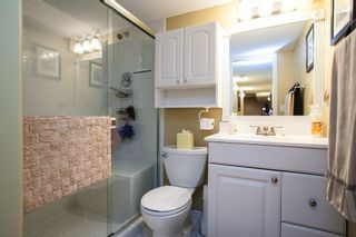 """Photo 16: 10 20761 TELEGRAPH Trail in Langley: Walnut Grove Townhouse for sale in """"Woodbridge"""" : MLS®# R2155291"""