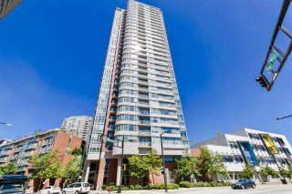 Photo 1: 2202 688 ABBOTT Street in Vancouver: Downtown VW Condo for sale (Vancouver West)  : MLS®# R2369414
