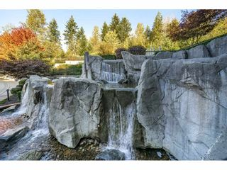 """Photo 33: 305 7428 BYRNEPARK Walk in Burnaby: South Slope Condo for sale in """"The Green"""" (Burnaby South)  : MLS®# R2489455"""
