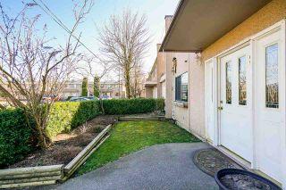 "Photo 4: 8 27090 32 Avenue in Langley: Aldergrove Langley Townhouse for sale in ""Alderwood Manor"" : MLS®# R2349221"