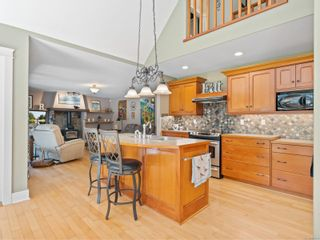 Photo 3: 1284 Meadowood Way in : PQ Qualicum North House for sale (Parksville/Qualicum)  : MLS®# 881693