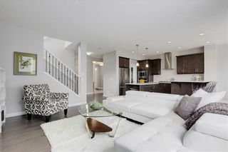 Photo 5: 154 MASTERS Point SE in Calgary: Mahogany Detached for sale : MLS®# C4297917