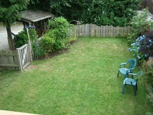 Main Photo: 5779 PEBBLES CR in Sechelt: Sechelt District House for sale (Sunshine Coast)  : MLS®# V601169