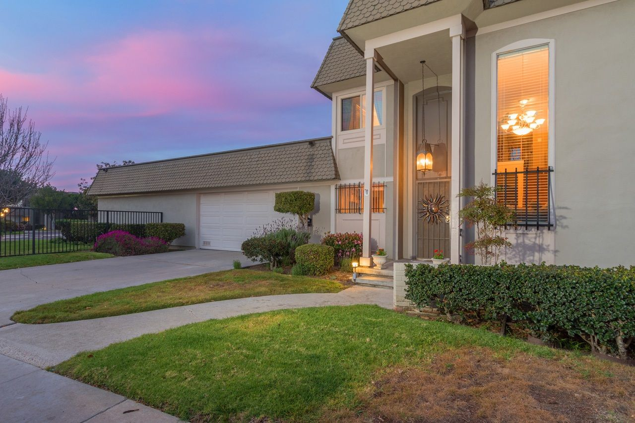 Main Photo: POINT LOMA Condo for sale : 2 bedrooms : 3005 Orleans East in San Diego
