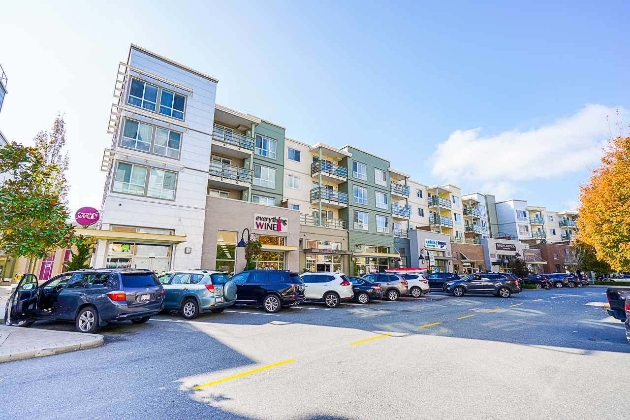 "Main Photo: 407 15735 CROYDON Drive in Surrey: Grandview Surrey Condo for sale in ""THE MAIN AT MORGAN CROSSING"" (South Surrey White Rock)  : MLS®# R2505146"