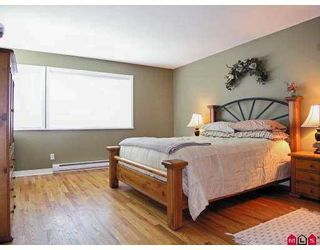 Photo 7: 20527 93A Avenue in Langley: Walnut Grove House for sale : MLS®# F2715834
