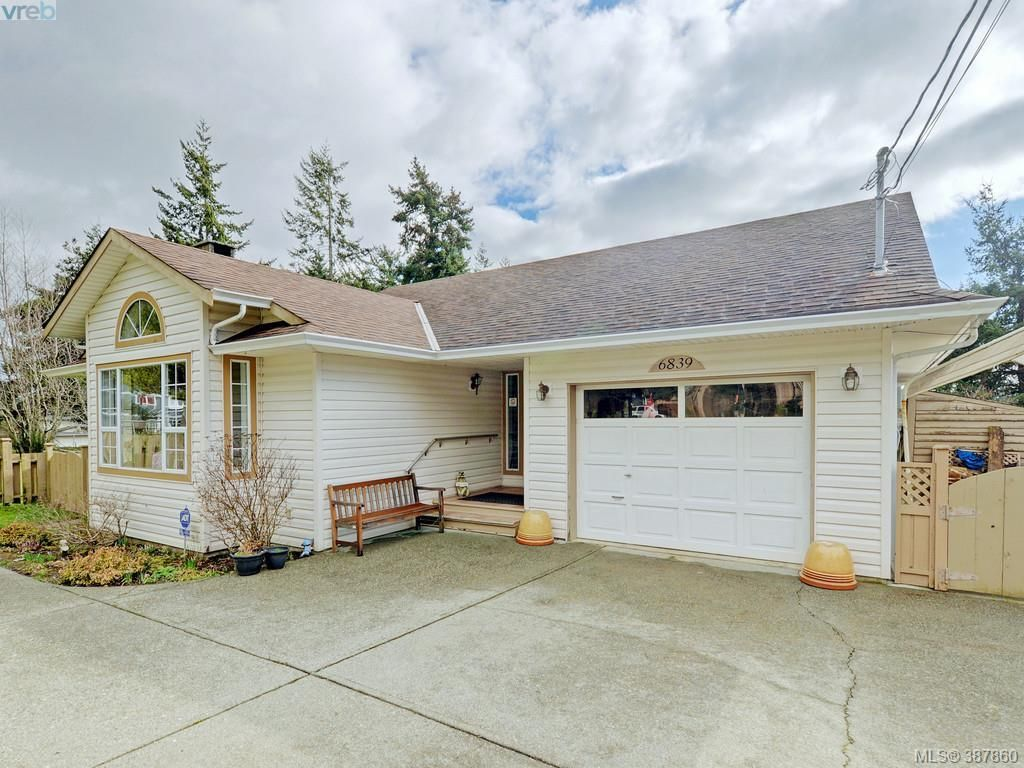 Main Photo: 6839 Talc Pl in SOOKE: Sk Broomhill House for sale (Sooke)  : MLS®# 779350