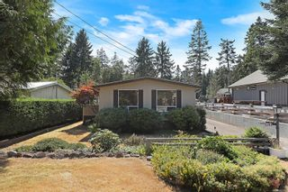 Photo 4: 1791 Astra Rd in : CV Comox Peninsula Manufactured Home for sale (Comox Valley)  : MLS®# 883266