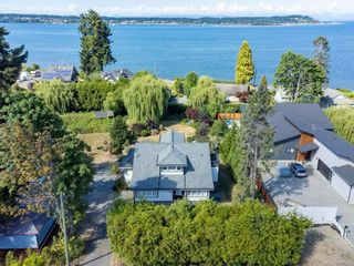 Photo 2: 3938 Island Hwy in : CV Courtenay South House for sale (Comox Valley)  : MLS®# 881986