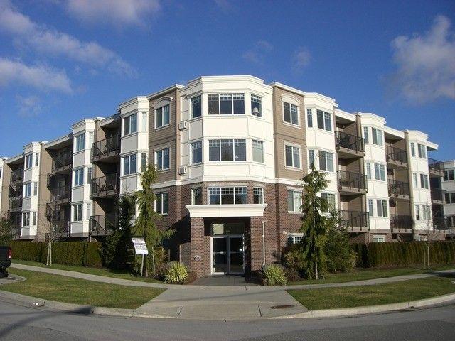 Main Photo: 208 15357 ROPER Avenue: White Rock Condo for sale (South Surrey White Rock)  : MLS®# F1401685