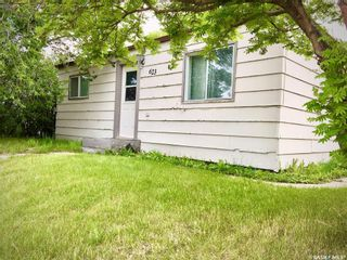 Photo 1: 623 St Mary Street in Esterhazy: Residential for sale : MLS®# SK830939