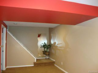 Photo 12: 35 Madrigal Close in WINNIPEG: Maples / Tyndall Park Residential for sale (North West Winnipeg)  : MLS®# 1508087