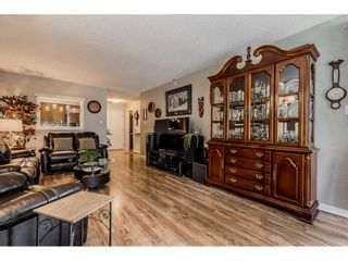 """Photo 5: 204 32098 GEORGE FERGUSON Way in Abbotsford: Abbotsford West Condo for sale in """"Heather Court"""" : MLS®# R2399610"""