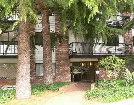 Main Photo: 202 2330 MAPLE Street in Vancouver: Kitsilano Condo for sale (Vancouver West)  : MLS®# V710490