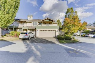 """Photo 1: 163 13888 70 Avenue in Surrey: East Newton Townhouse for sale in """"Chelsea Gardens"""" : MLS®# R2501908"""