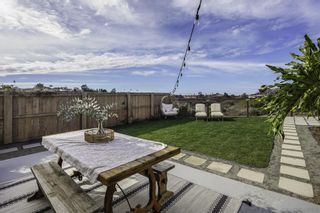 Photo 7: CLAIREMONT House for sale : 4 bedrooms : 3708 Mt Almagosa Place in San Diego