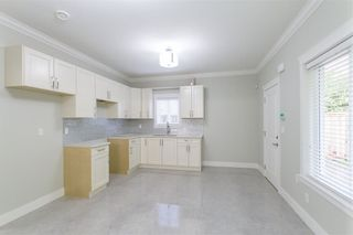 Photo 12: 1584 BLAINE Avenue in Burnaby: Sperling-Duthie 1/2 Duplex for sale (Burnaby North)  : MLS®# R2230940