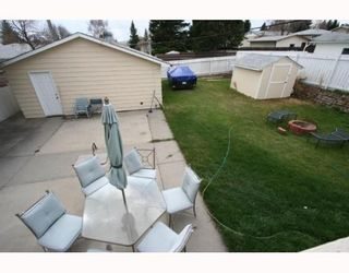 Photo 17: 619 72 Avenue NW in CALGARY: Huntington Hills Residential Detached Single Family for sale (Calgary)  : MLS®# C3377843